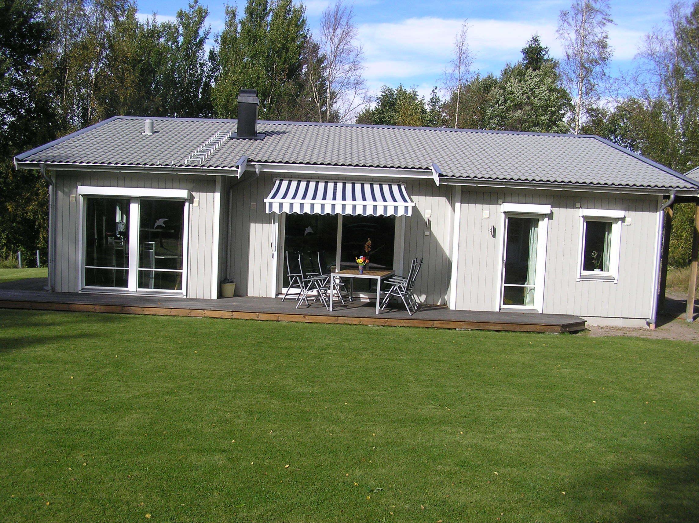 ferienhaus schweden v sterg tland 54492 hjo ronja. Black Bedroom Furniture Sets. Home Design Ideas